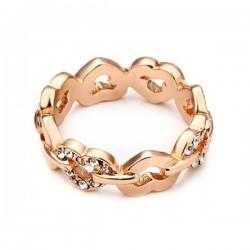 kristályos gyűrű Apró kristályokkal díszített, szív formájú