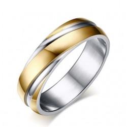 Bordázott női nemesacél gyűrű, arany bevonattal