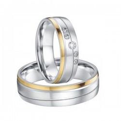 Arany sávos női nemesacél karikagyűrű, CZ kövekkel