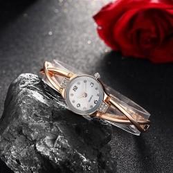 karóra óra Rózsaarany színű, kristályos női karóra
