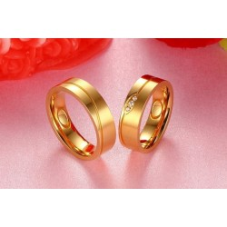 páros karikagyűrű Aranyozott, női titánium karikagyűrű kristály