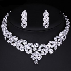 esküvői ékszerszett Luxus kivitelezésű, kristálylevél