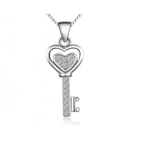 ezüst nyaklánc Ezüst kulcs medál kristályokkal