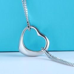 ezüst karkötő Dupla láncos ezüst karkötő szív charmmal