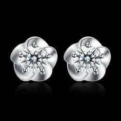 ezüst fülbevaló Ezüst virág fülbevaló cirkóniával