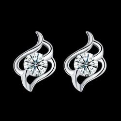 ezüst fülbevaló Elegáns ezüst fülbevaló cirkóniával