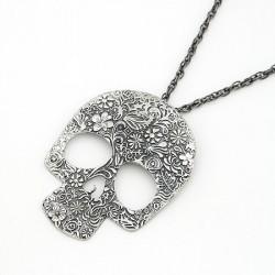 Vintage koponya nyaklánc virág motívumokkal