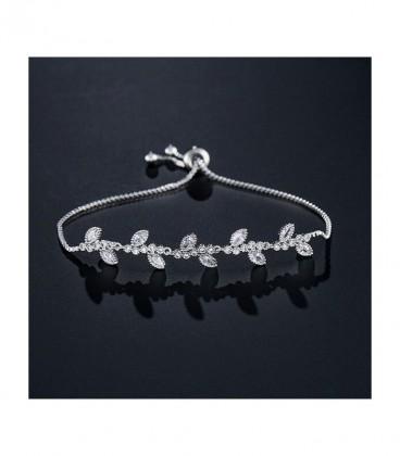Gyöngyökkel és kristályokkal díszített, elegáns karkötő