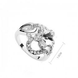 kristályos gyűrű Fehér kristályos virágos gyűrű