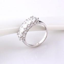 kristályos gyűrű Fehér zircon köves gyűrű, ródium bevonattal
