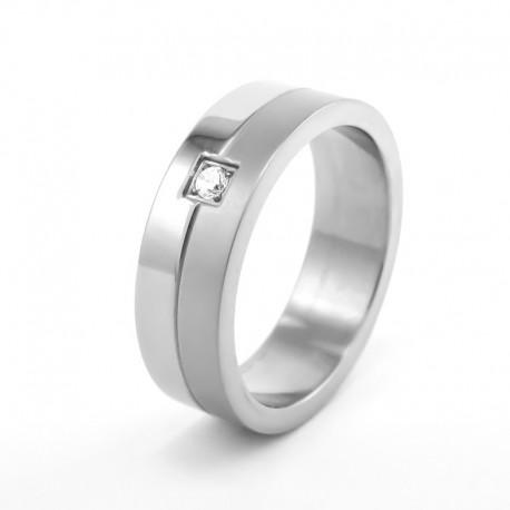 nemesacél gyűrű Nemesacél gyűrű, fehér cirkónia kővel díszítve