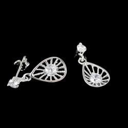 925 ezüst, csepp alakú fülbevaló, cirkónia kövekkel